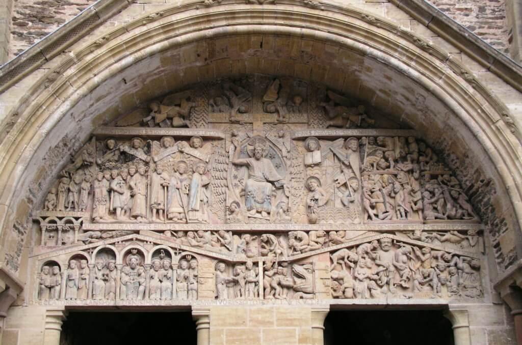 Timpaan van de abbatiale van Conques